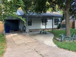 1300 Rockisland, Angleton, TX, 77515