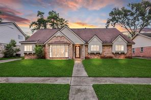 1060 Cheshire Lane, Houston, TX 77018