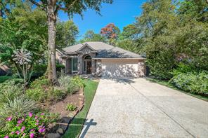 15 Almond Dale Court, The Woodlands, TX 77382