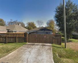 8111 Grandview Street, Houston, TX 77051