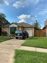 713 Prairie Lane Street, Angleton, TX 77515