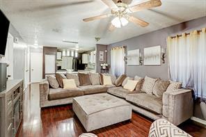 6525 Goldspier Street, Houston, TX 77091