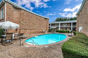 2101 Fountain View Drive #16, Houston, TX 77057