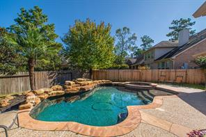 95 S French Oaks Circle, The Woodlands, TX 77382