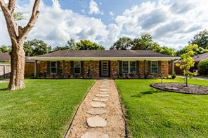5319 Redstart Street, Houston, TX 77096