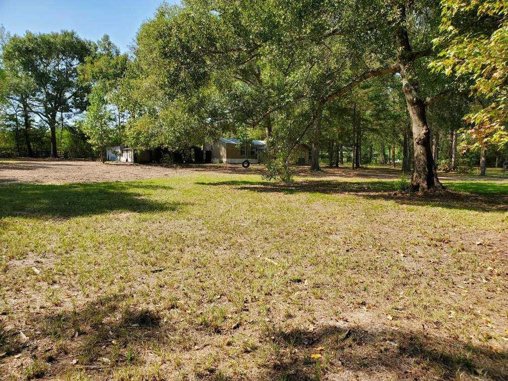 This property is perfect for investors, developers, and families who wish to capitalize on this phenomenal opportunity. Only five minutes from the center of Magnolia, TX this property offers NO RESTRICTIONS or HOA
