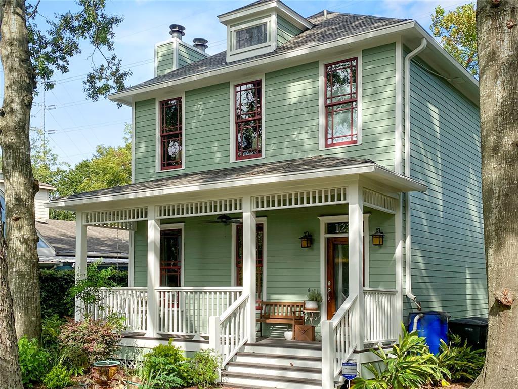 1232 Nicholson + apt, Houston, Texas 77008, 3 Bedrooms Bedrooms, 6 Rooms Rooms,2 BathroomsBathrooms,Single-family,For Sale,Nicholson + apt,72971273