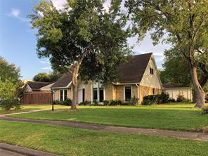 3002 Winchester Way, Sugar Land, TX 77479