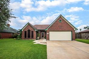 229 Trail Ride Road, Angleton, TX 77515