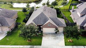 915 Fairway Drive, La Porte, TX 77571