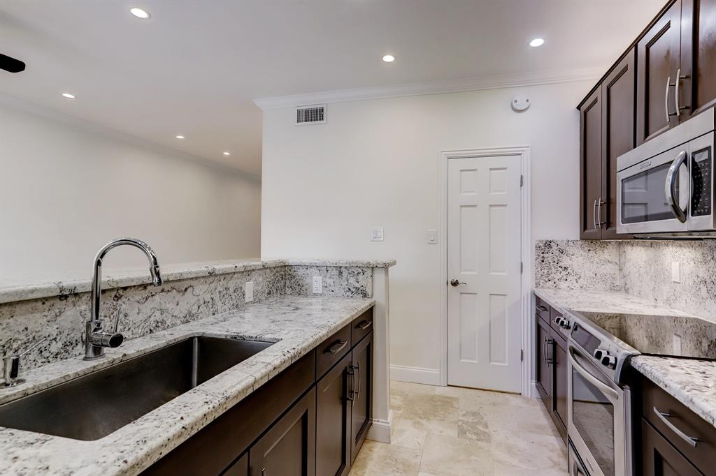 The kitchen also includes a walk-in pantry!