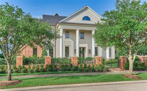107 Colonial Row Drive, The Woodlands, TX 77380