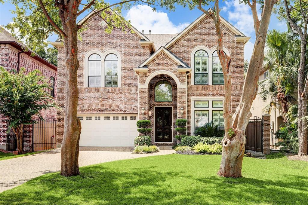 Beautiful home on quiet cul-de-sac. Immaculate & well kept. Inviting entry, beautiful formal dining room, open kitchen w/ granite, double ovens, butler pantry and a welcoming breakfast area. Open flow, high ceilings & large windows create an atmosphere of light. Master room downstairs features an expansive bathroom with sizable shower & separate jetted tub, dual sinks, vanity space and walk-in closet. Well lighted study room with built-in bookshelves & granite desk area. Oak floors on first floor, brick w/ cast stone trim, 2 cast stone fireplaces, custom maple cabinets & built-ins & granite counters throughout the house. Elegant circular staircase w/ iron balusters leads to spacious game room w/ custom built-ins. Upstairs features one full bathroom adjacent to a spacious guest room and game room; and one full sized Hollywood bath between two bedrooms. Wood shutters throughout the house. Large covered back porch w/ fans to a landscaped backyard. NEVER FLOODED!