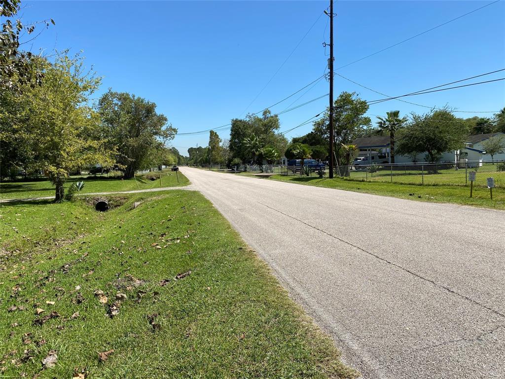 2108 Lakeside Drive