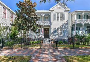 2424 Avenue L, Galveston, TX 77550