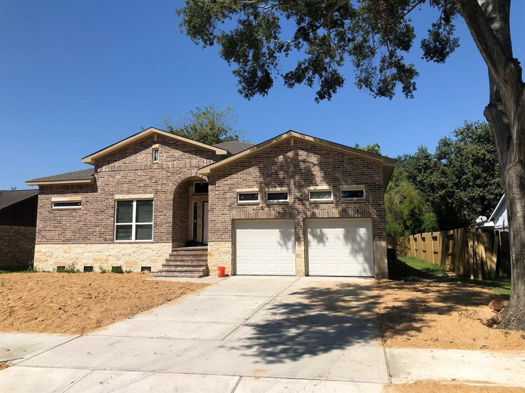 New construction home, 3/4 bedrooms and 2 full bath, very upgraded home, call today for more details!!!
