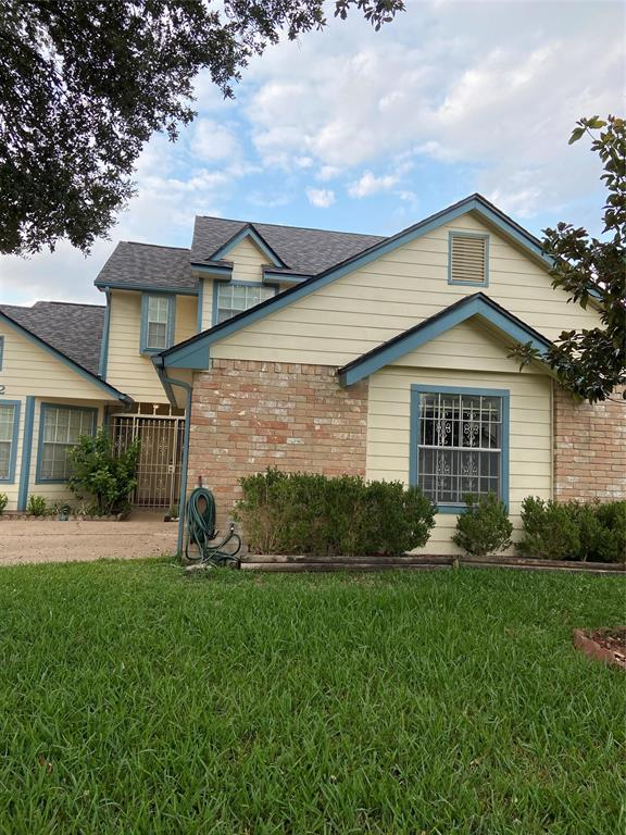 """NICE 2 STORY HOME WITH 3 BEDROOM, 2 1/2 BATH, 2 CAR ATTACHED GARAGE. BEAUTIFUL LAMINATED WOOD FLOORS IN ALL BEDROOMS INCLUDING THE STAIRS. RECENTLY INSTALLED HARDI PLANK AND ROOF IS JUST 1 YEAR OLD PER SELLERS. REFRIGERATOR, WASHER & DRYER ARE INCLUDED. THE PROPERTY IS ALSO FOR LEASE AT $1595.00 PER MONTH. """"NO FLOODING"""". THANK YOU FOR SHOWING."""