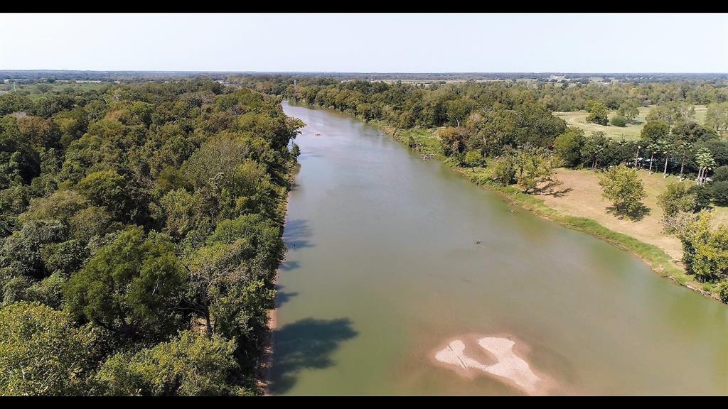 165.3 acres Walnut Street, Columbus, TX 78934