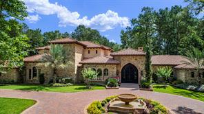 11 Congressional Circle, The Woodlands, TX 77389
