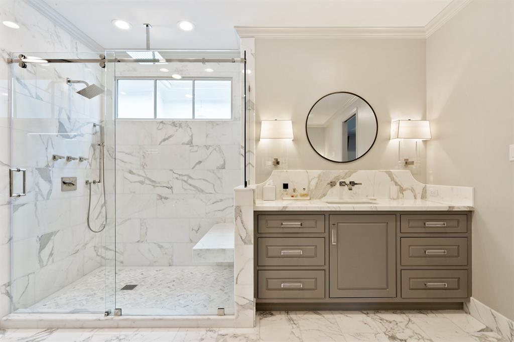 For Sale 31 W Broad Oaks Drive 2 Houston Tx 77056 4 Beds 4 Full Baths 1 Half Bath 1915000