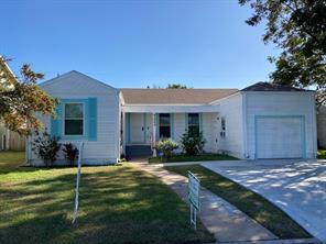 5323 Borden Avenue, Galveston, TX 77551
