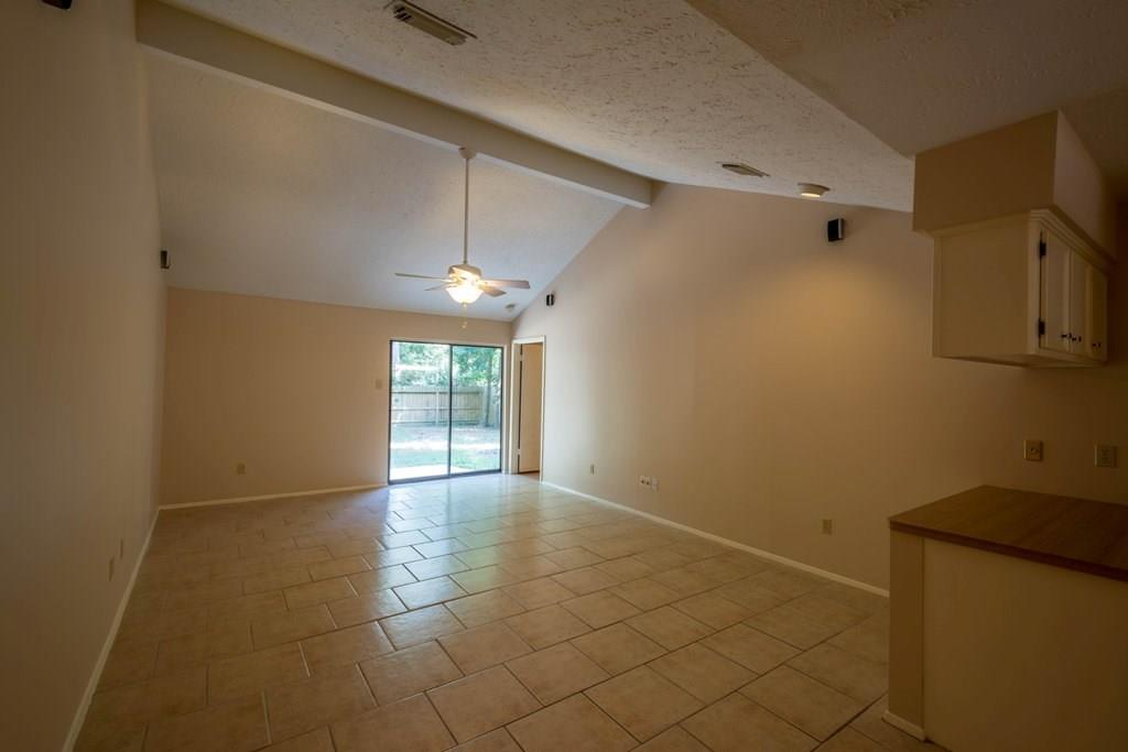 18 Capewood Court, Spring, Texas 77381, 3 Bedrooms Bedrooms, 6 Rooms Rooms,2 BathroomsBathrooms,Rental,For Rent,Capewood,34951041