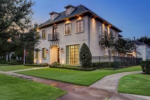 2804 Robinhood Street, Houston, TX 77005