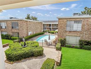 2101 Fountain View Drive 58-C, Houston, TX 77057