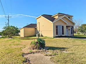 890 Jackson, Beaumont TX 77701