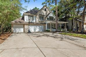 10 Churchdale Place, The Woodlands, TX 77382
