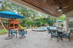 87 N Bethany Bend Circle, The Woodlands, TX 77382