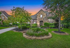 2 Mohawk Path Place, Spring, TX 77389