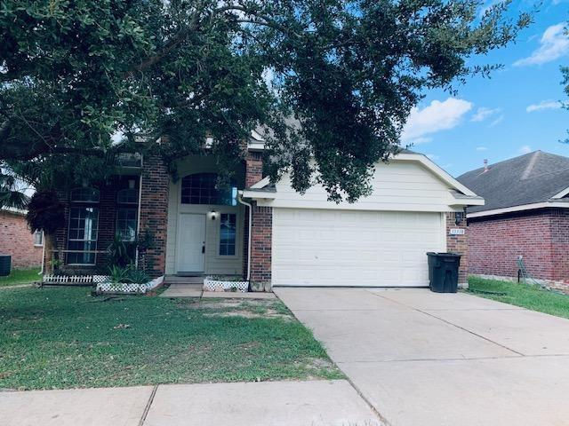 Newly upgraded 4 beds and 3 1/2 baths. Freshly paint, bathroom and kitchen with new Luna gray granite countertop, new white kitchen cabinets, new laminate flooring and many more. Very spacious open floor plan, in a gate neighborhood. All room sizes are approximate. Convenient located minutes away from shopping centers, entertainments center, public parks, school, Hwy 6 and Westpark Tollway. Come check it out today, it won't last long!