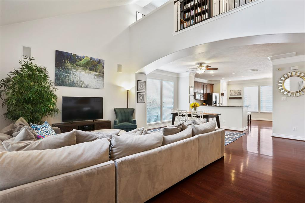 You're going to love the open concept main living area. The soaring vaulted ceilings allow for great natural light.