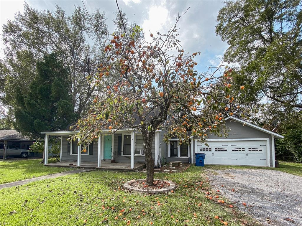 592 Tx State Highway 62, Buna, Texas 77612, 2 Bedrooms Bedrooms, 6 Rooms Rooms,1 BathroomBathrooms,Single-family,For Sale,Tx State Highway 62,42036460