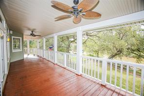 205 County Road 875, West Columbia, TX 77486