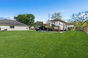 414 Elm Lake Drive, Houston, TX 77336