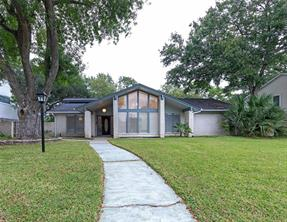 18611 Capetown Drive, Houston, TX 77058