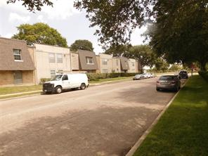 5550 N Braeswood Boulevard #122, Houston, TX 77096