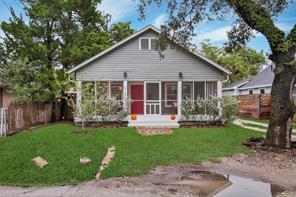 216 N Edgewood Street, Houston, TX 77011