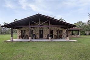 640 County Road 786, Buna, TX 77612