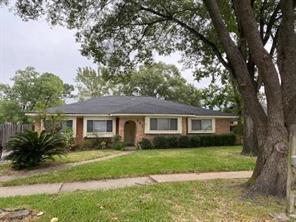 351 Queenstown Road, Houston, TX 77015