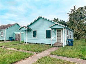 925 4th Avenue N, Texas City, TX 77590