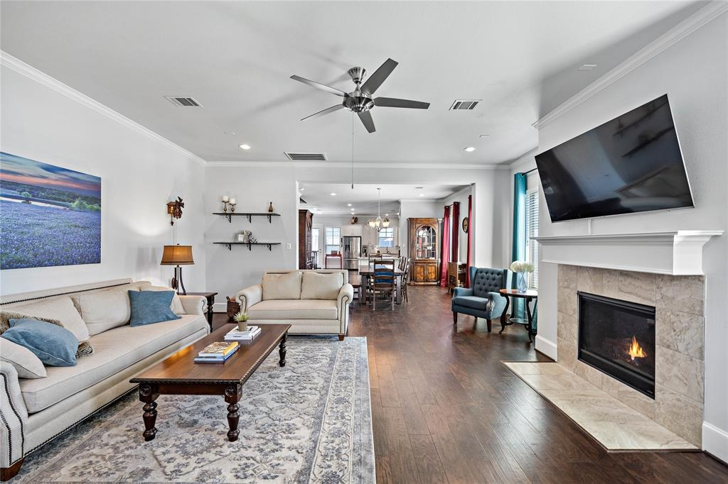 Welcome inside 544 W 24th where you're greeted by the expansive open floor plan.