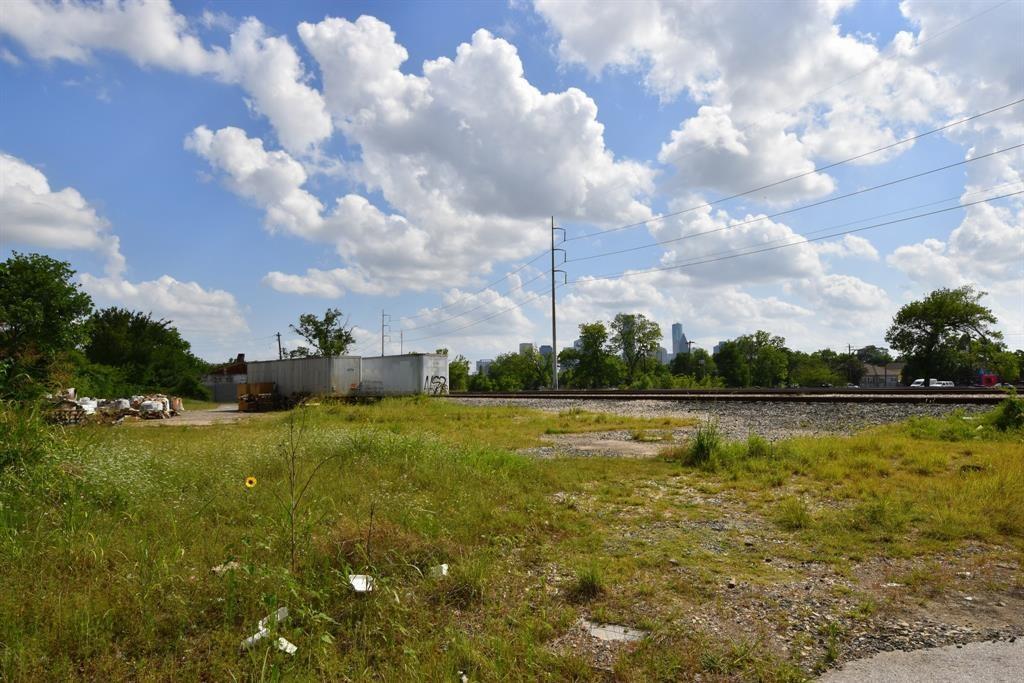 2109 Semmes Street, Houston, TX 77026