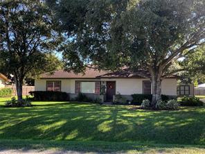 1800 Michael, El Campo, TX, 77437
