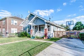 1851 Lombardy Street, Houston, TX 77023