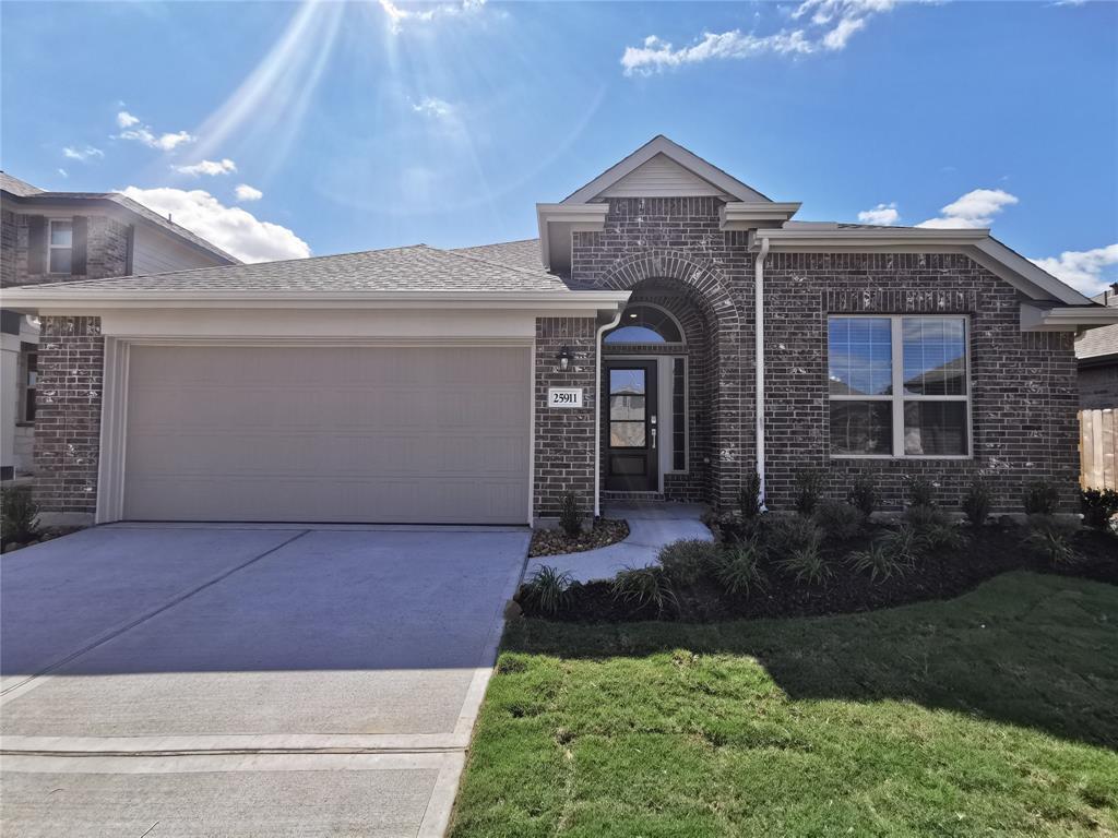 25911 BRONZE OAK CT, Richmond, Texas 77406, 3 Bedrooms Bedrooms, 7 Rooms Rooms,2 BathroomsBathrooms,Rental,For Rent,BRONZE OAK CT,71065257