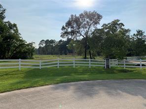 1503 Saddle Creek Farms Drive, Crosby, TX 77532