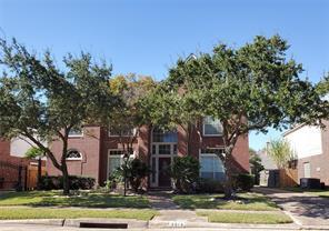 3814 Shady Harbor Drive, Houston, TX 77082